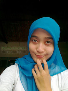 gadis memakai jilbab biru cantik natural tanpa make up sunguh cantik ...