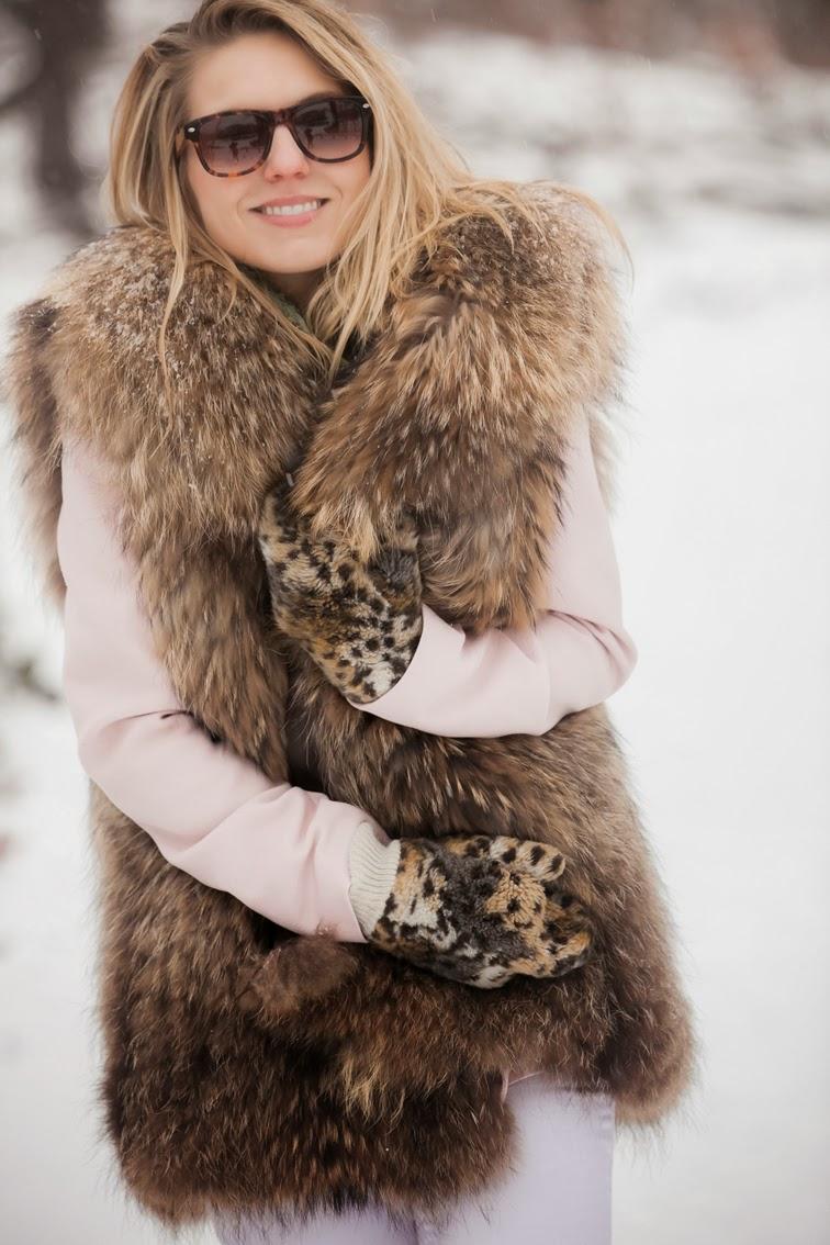 Solo Eyewear Adrienne Landau fur vest