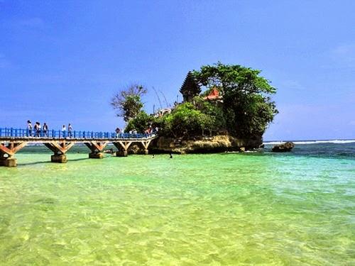 Pantai Balekambang | Objek / Tempat Wisata di Jawa Timur