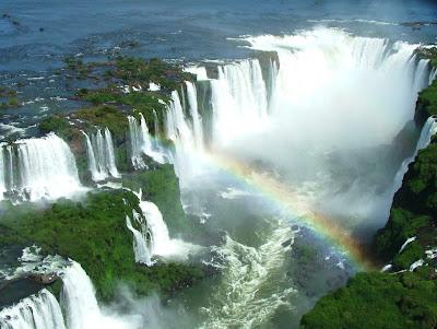 Cataratas do Iguaçu vistas desde o passeio de helicóptero