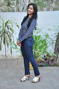 Nithya Shetty dazzling photo shoot-thumbnail-7