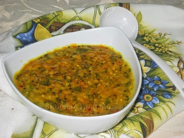 Shobha's Food Mazaa: DAL PALAK ( Lentils With Spinach )