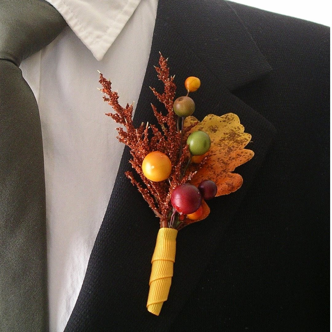 fall themed wedding boutonniere