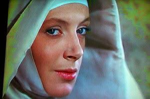 """Deborah kerr, en """" Black Narcisus """" que monja más guapísima"""
