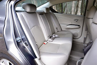 new Nissan sunny Dci back seating