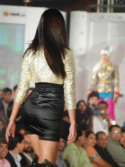 images of katrina kaif in skirts