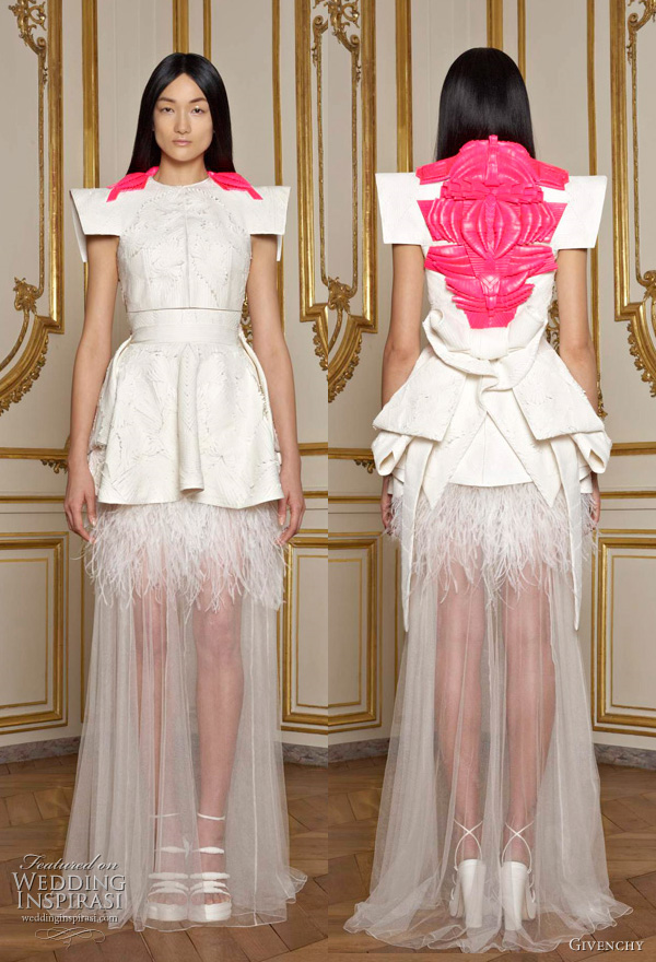 Plush paparazzi tales of givenchy haute couture for Haute couture labels