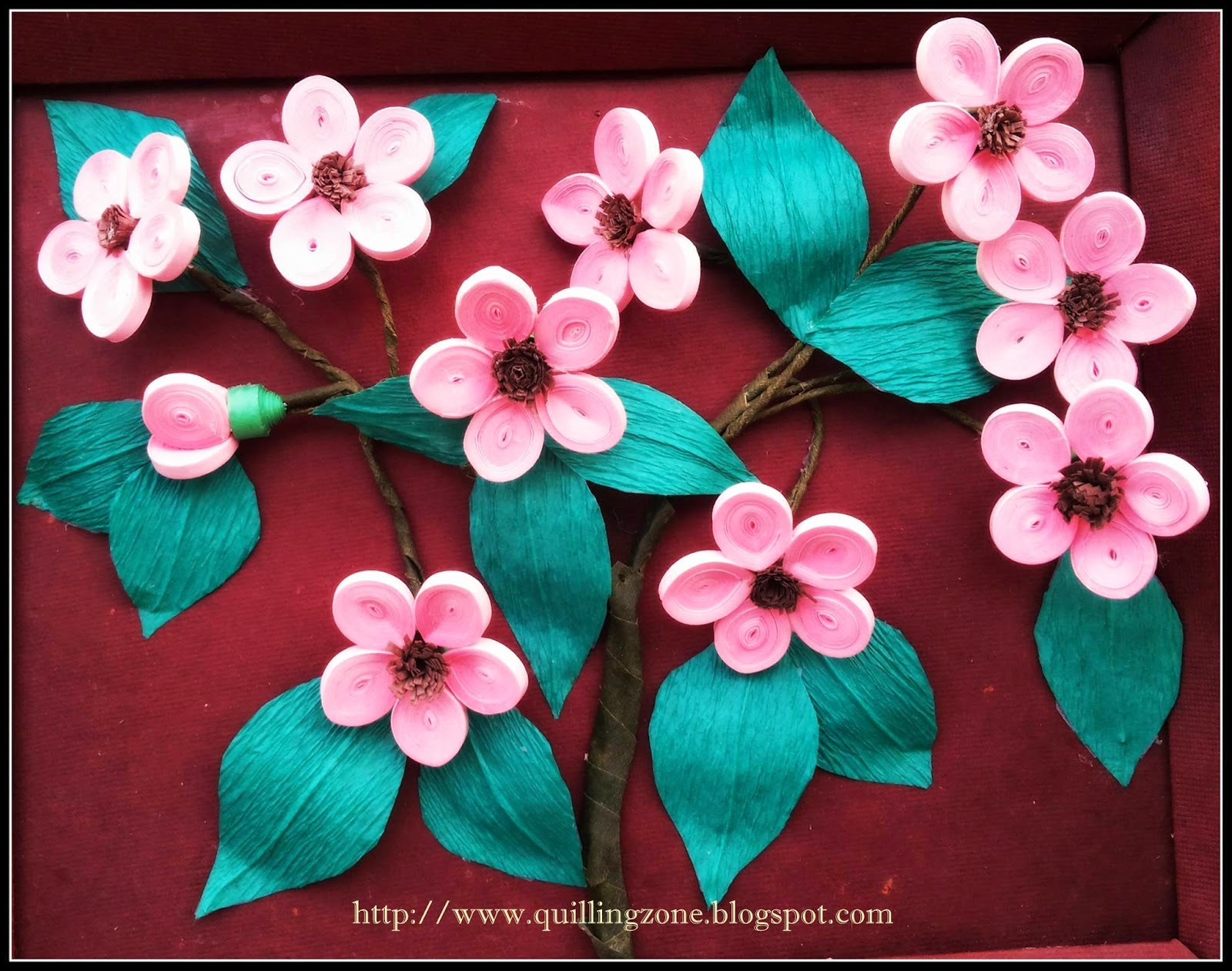http://quillingzone.blogspot.tw/2014/06/quilling-flower-arrangement.html