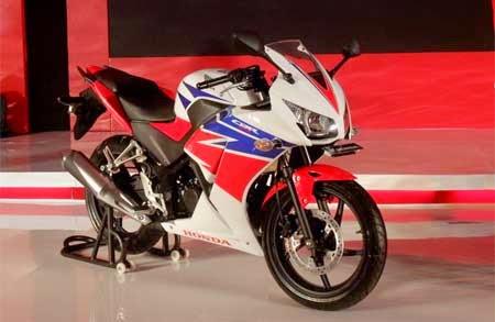 gambar Honda CBR150R buatan Indonesia