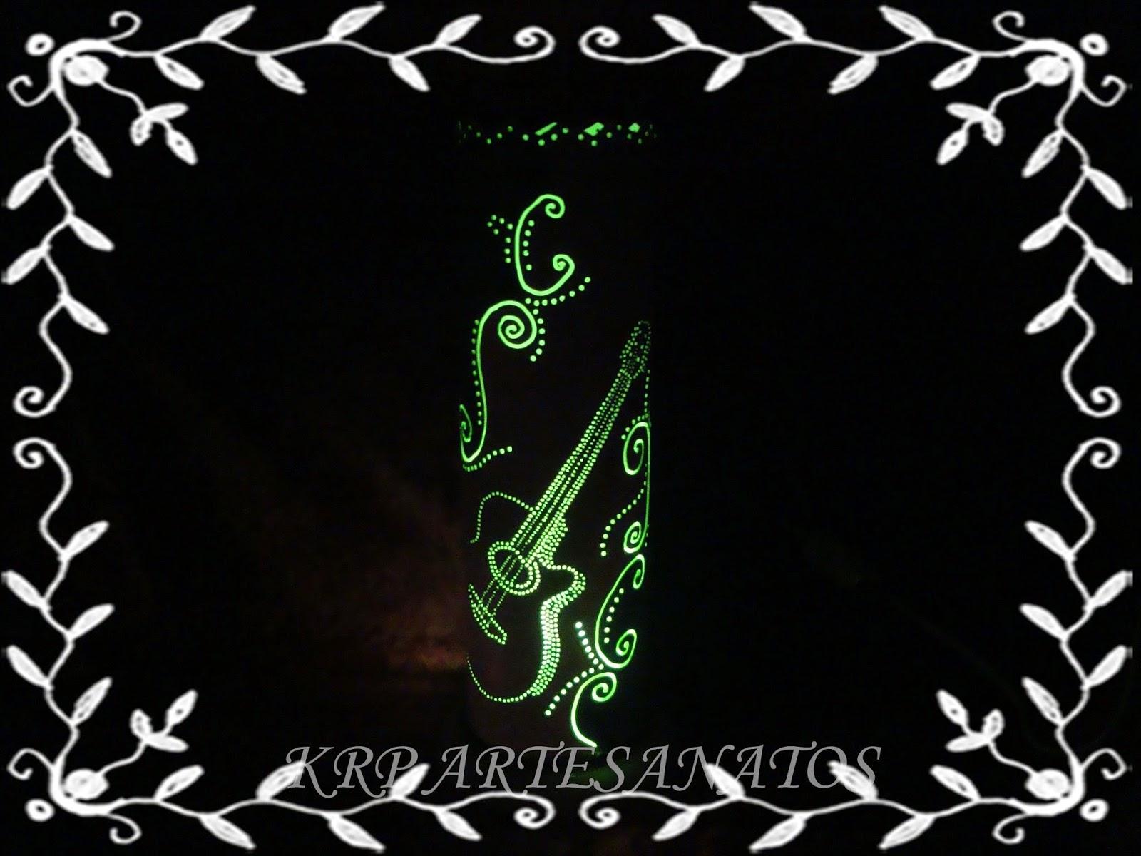 luminária-em-pvc-violão-acessa