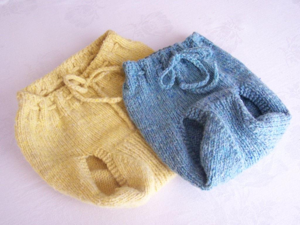 Knitting Patterns And Wool Sets : Miss Julias Patterns: Free Patterns - 15 Baby Boy Diaper Covers to Knit ...
