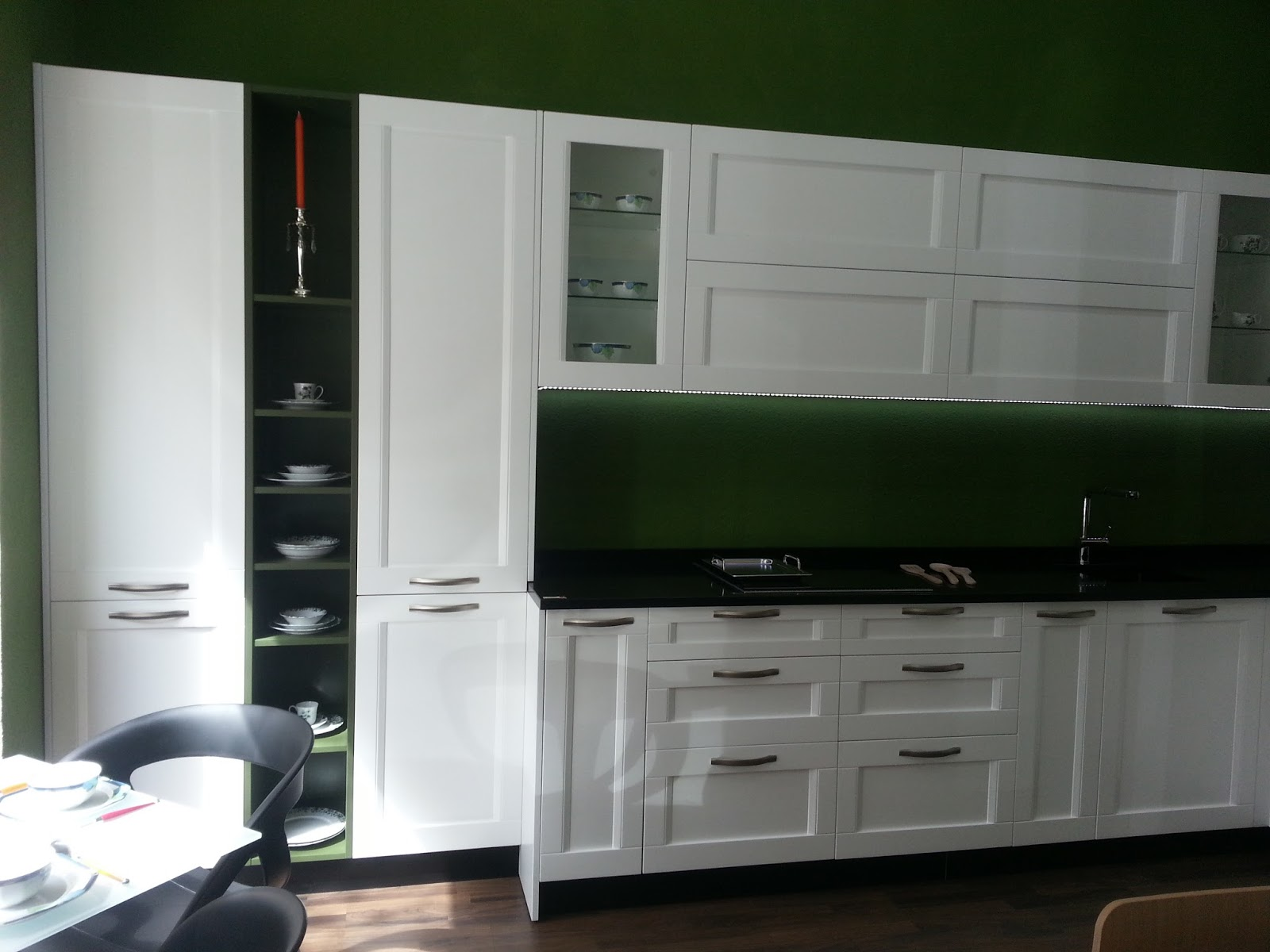 Genial cocina blanca y verde fotos nueva cocina blanca y - Cocinas decoradas en blanco ...