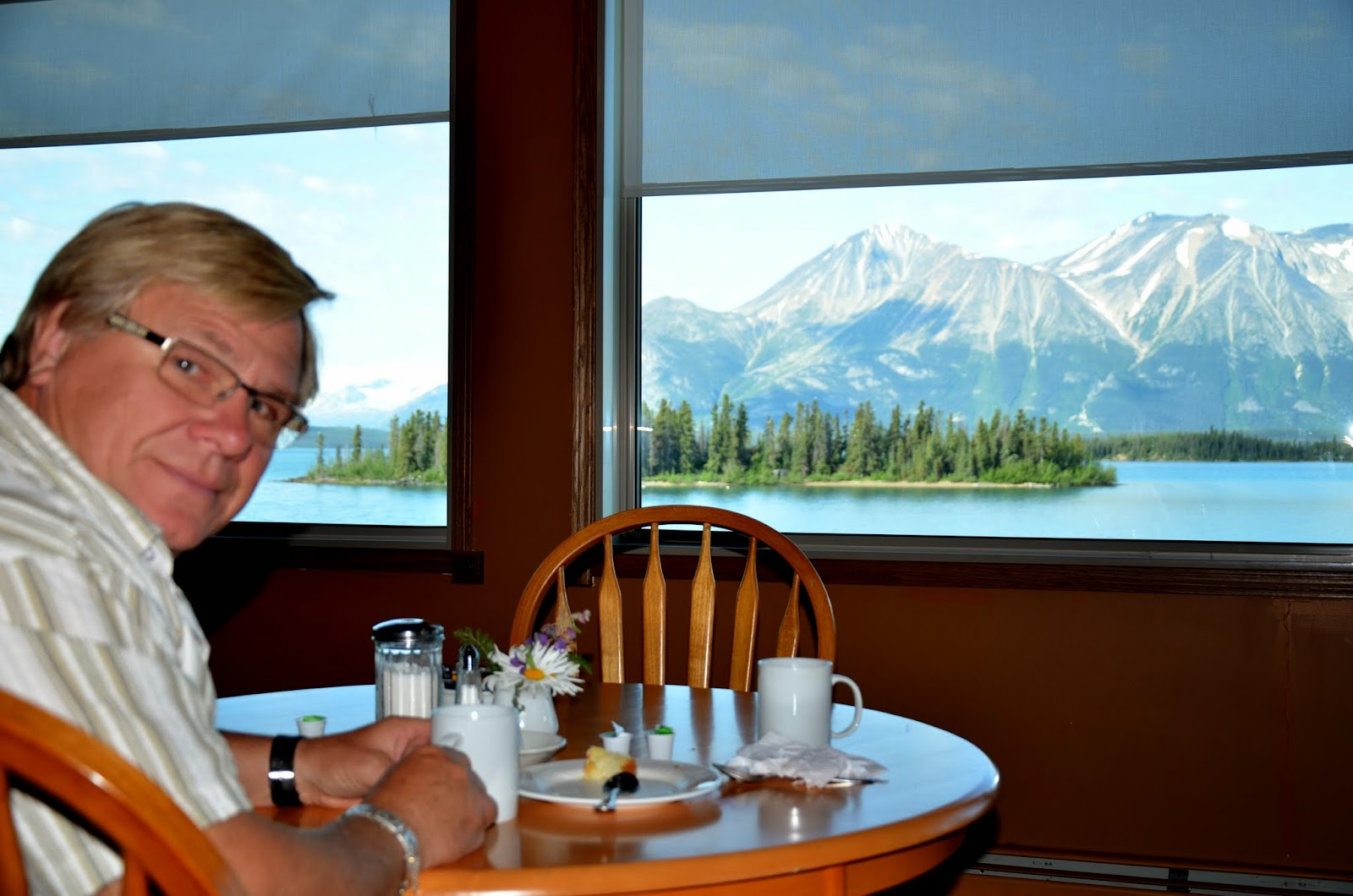 A coffee and goodie at the Atlin Inn