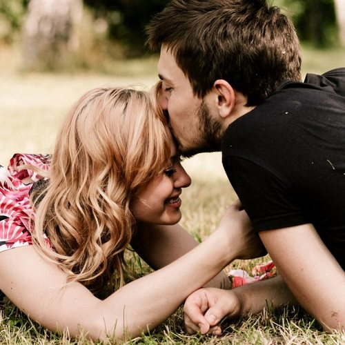 MAYNABABY.com **: Glitters com frases de Amor para Orkut