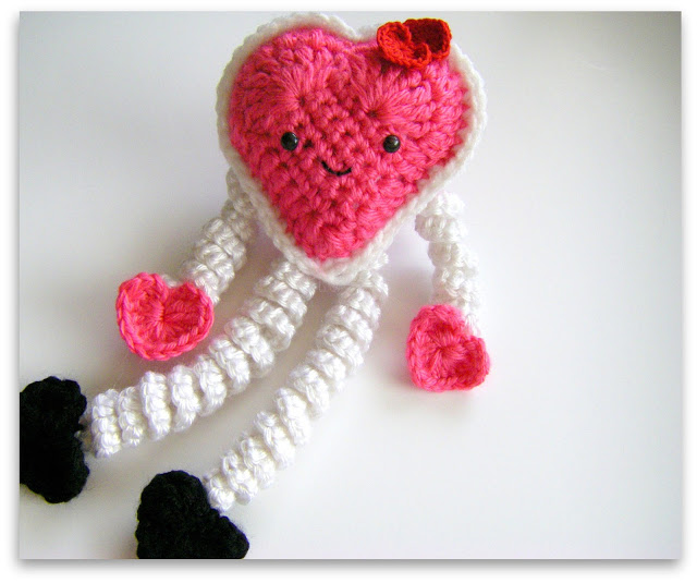 Crochet Valentine : Huckleberry Love: 12 Free Valentines Day Crochet Patterns