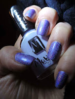 http://cathenail.blogspot.fr/2013/04/pupa-holographique-violet-pour-patienter.html