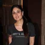 Kareena Kapoor Looks Hot At The 'Talaash' Movie Success Party