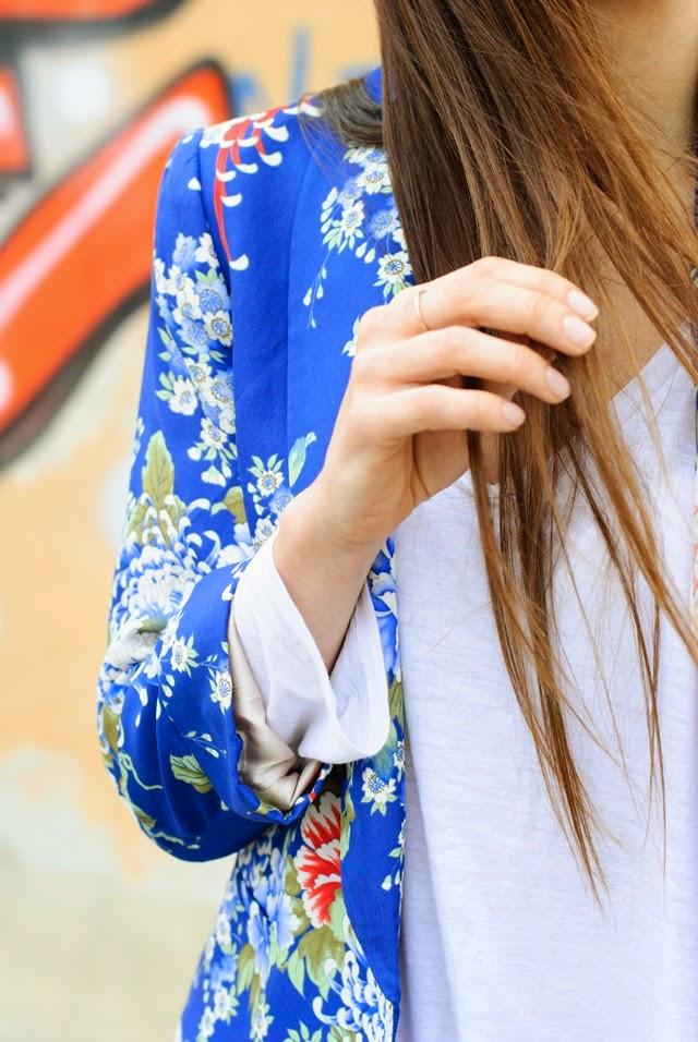 Flowered jacket - Boyfiriend Jeans - Isabel Marant - Roberto Martin - Look
