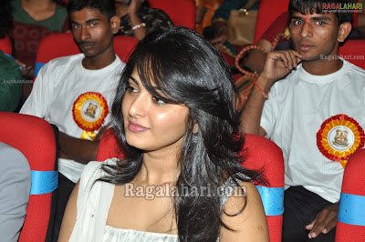Anushka Shetty in white chudidar