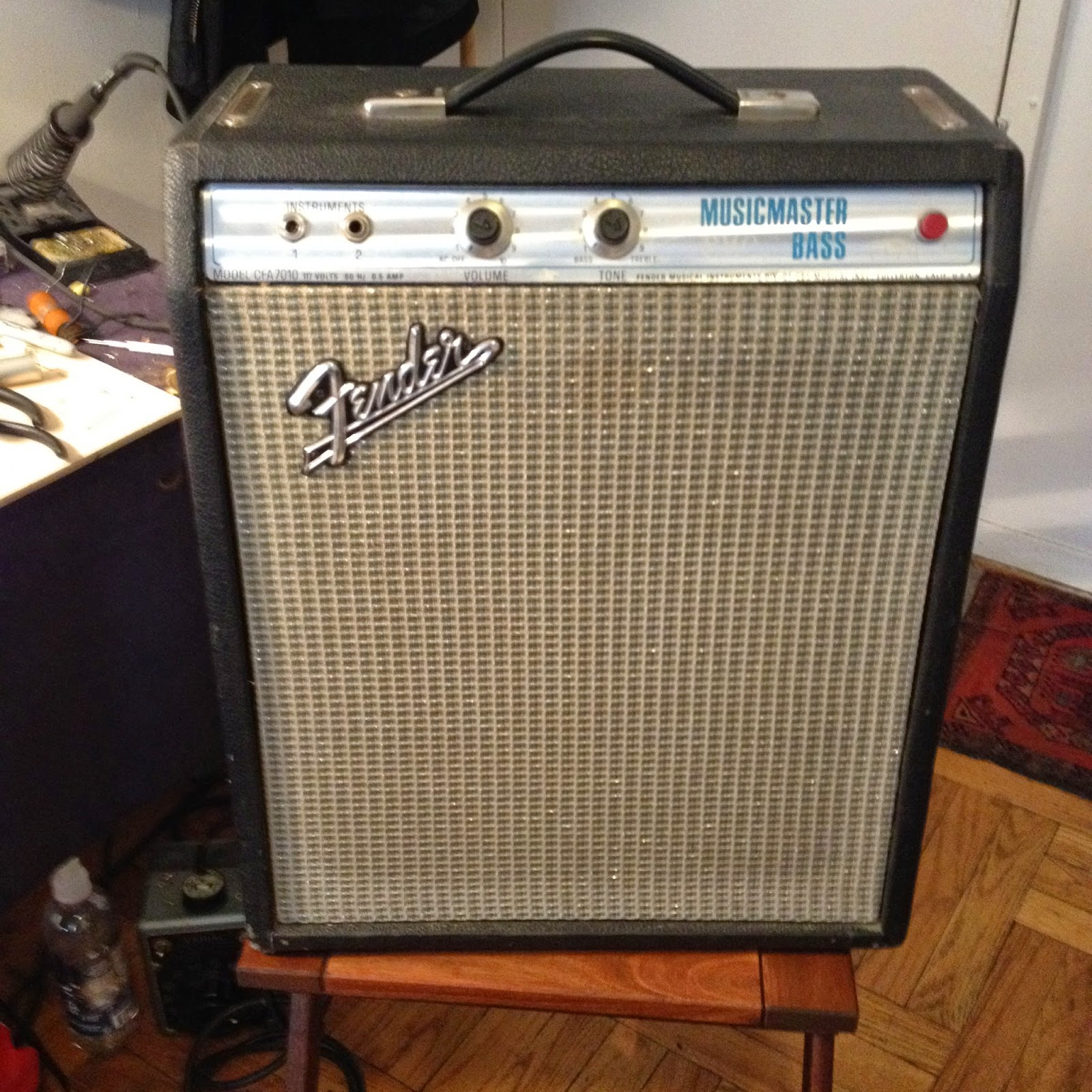 Jefs Tube Amp Blog Fender Musicmaster Bass Amplifier 70 Watt Guitar Circuit Preamplifier Tone Control For Today We Have A From The 70s Customer Complaint Was It Smelled Burnt And Volume Rather Low Also Had Faulty Input Jack