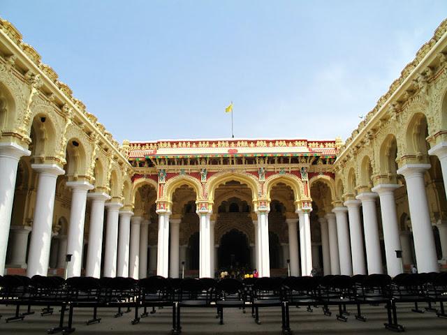 Thirumalai Nayak Palace. Inner courtyard, Madurai,Tamil Nadu