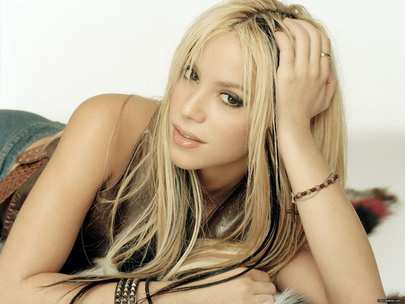 Shakira Wallpaper Hd Wallpapers Free Images
