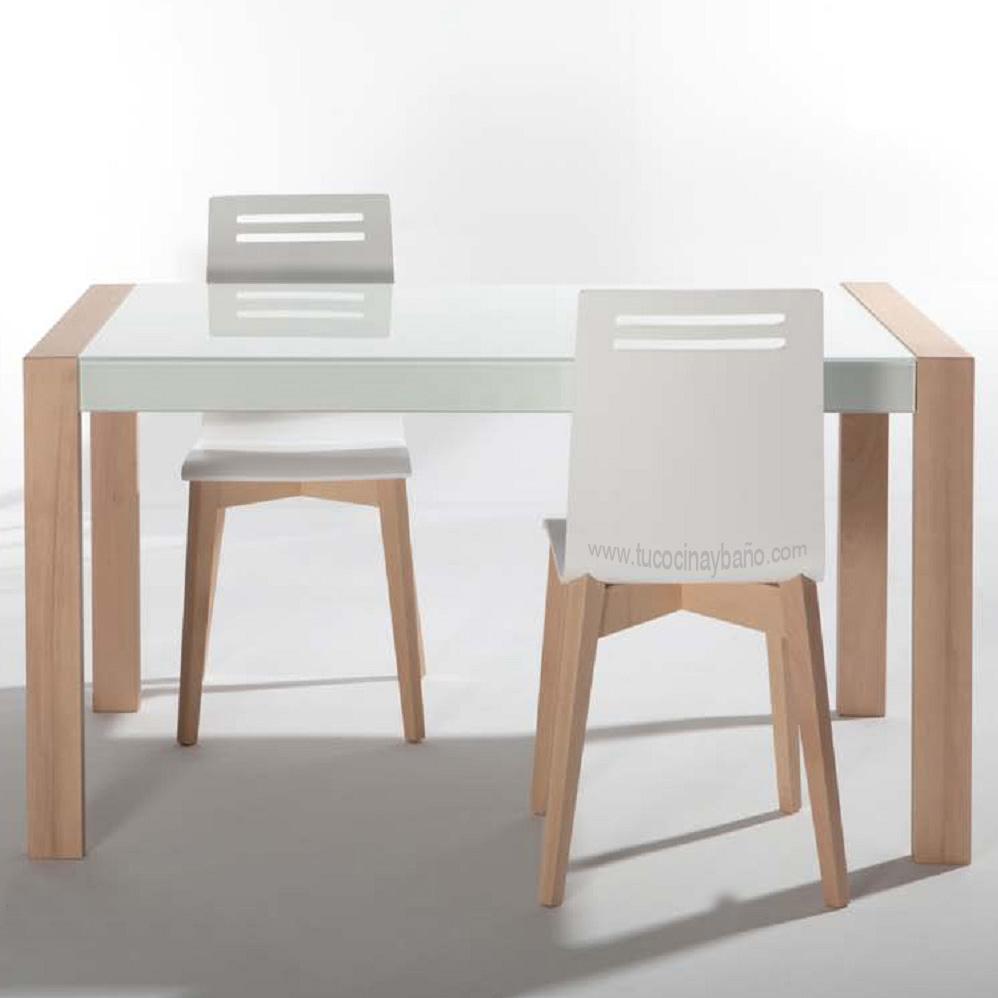 El estilo casa de campo en la cocina reformas guaita - Mesas de madera para cocina ...