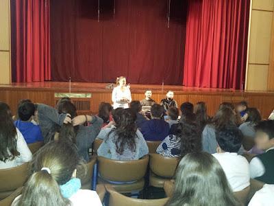Ο ΣΚΕΠ με την Ειρήνη Τρομπέτα, τον Παναγιώτη Πιτσίνιαγκα και το Βαγγέλη Αυγουλά στη Λεόντειο Χρυσόστομος Δημοτικό Σχολείο στη Νέα Σμύρνη μιλάνε για την αναπηρία