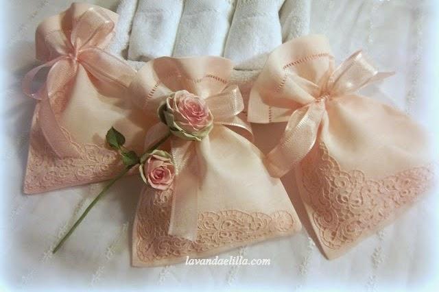 Lavanda e lill sacchetti con saponette profumate - Palline profumate per bagno ...