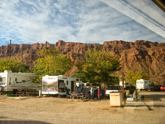 Redirecting to for Moab utah cabins