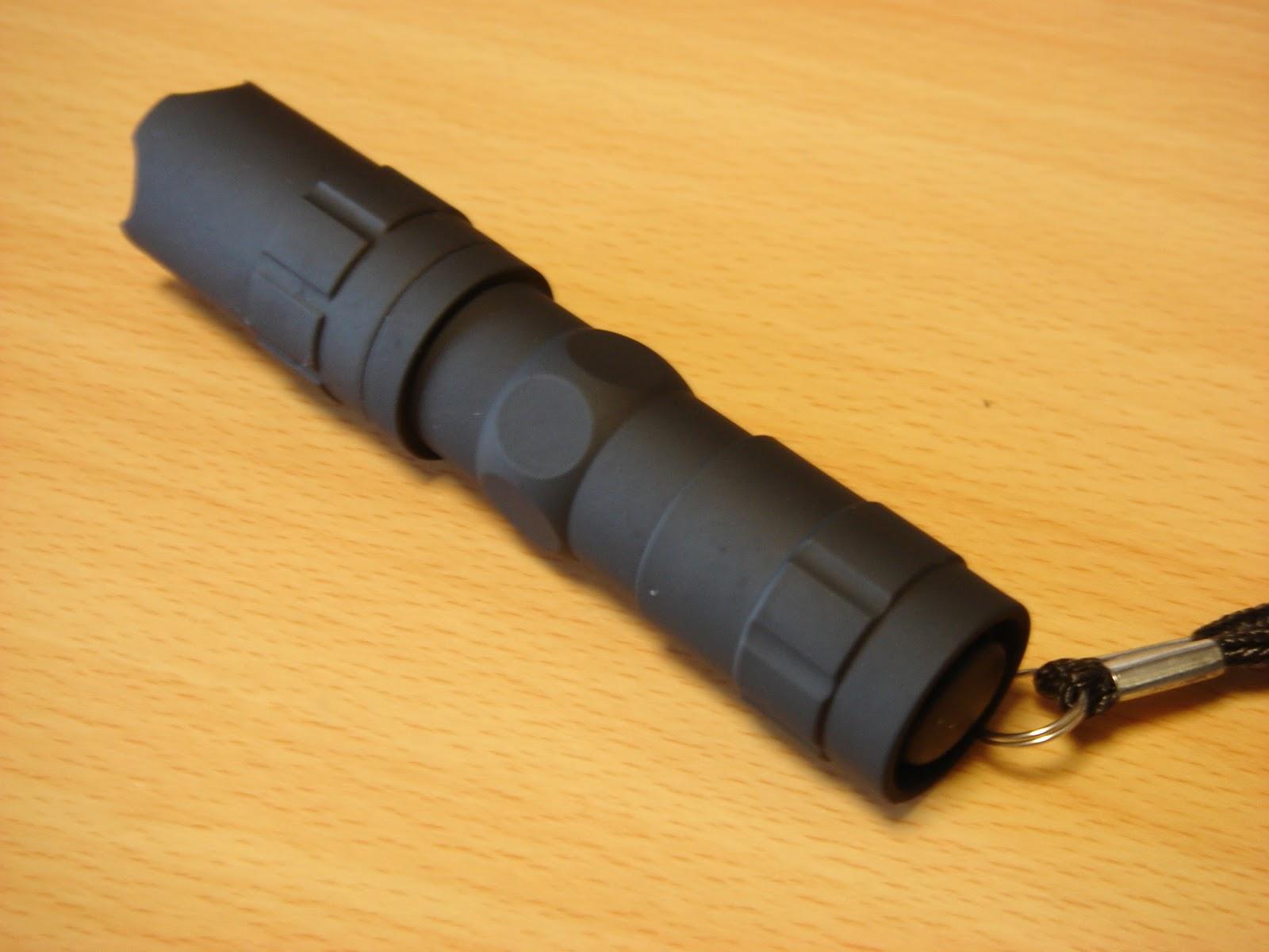 ヘッドライト LED 充電式 単3電池 1000ルーメン 釣 …