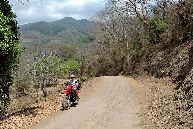 Promenade à moto autour du volcan Maderas