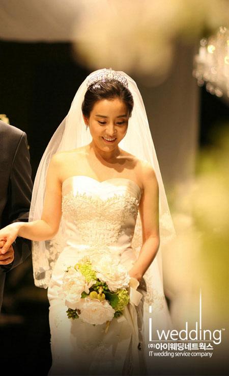 ordinary dimplegirl korean brides