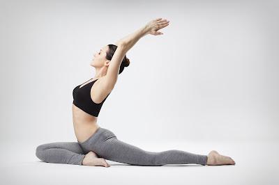 Ketahui Resiko Pake Celana Yoga Terus-Terusan