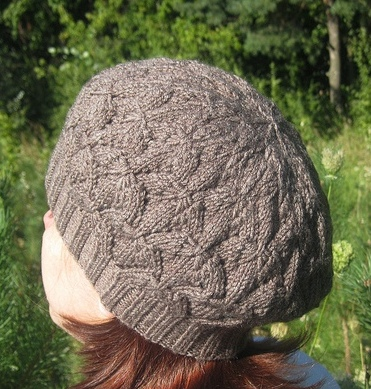 Leaf Beret Knitting Pattern : My Knitland: Maple Leaf Beret