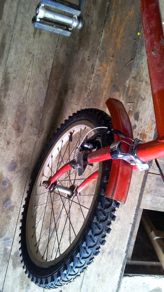 Тормоз v-brake на старом велосипеде