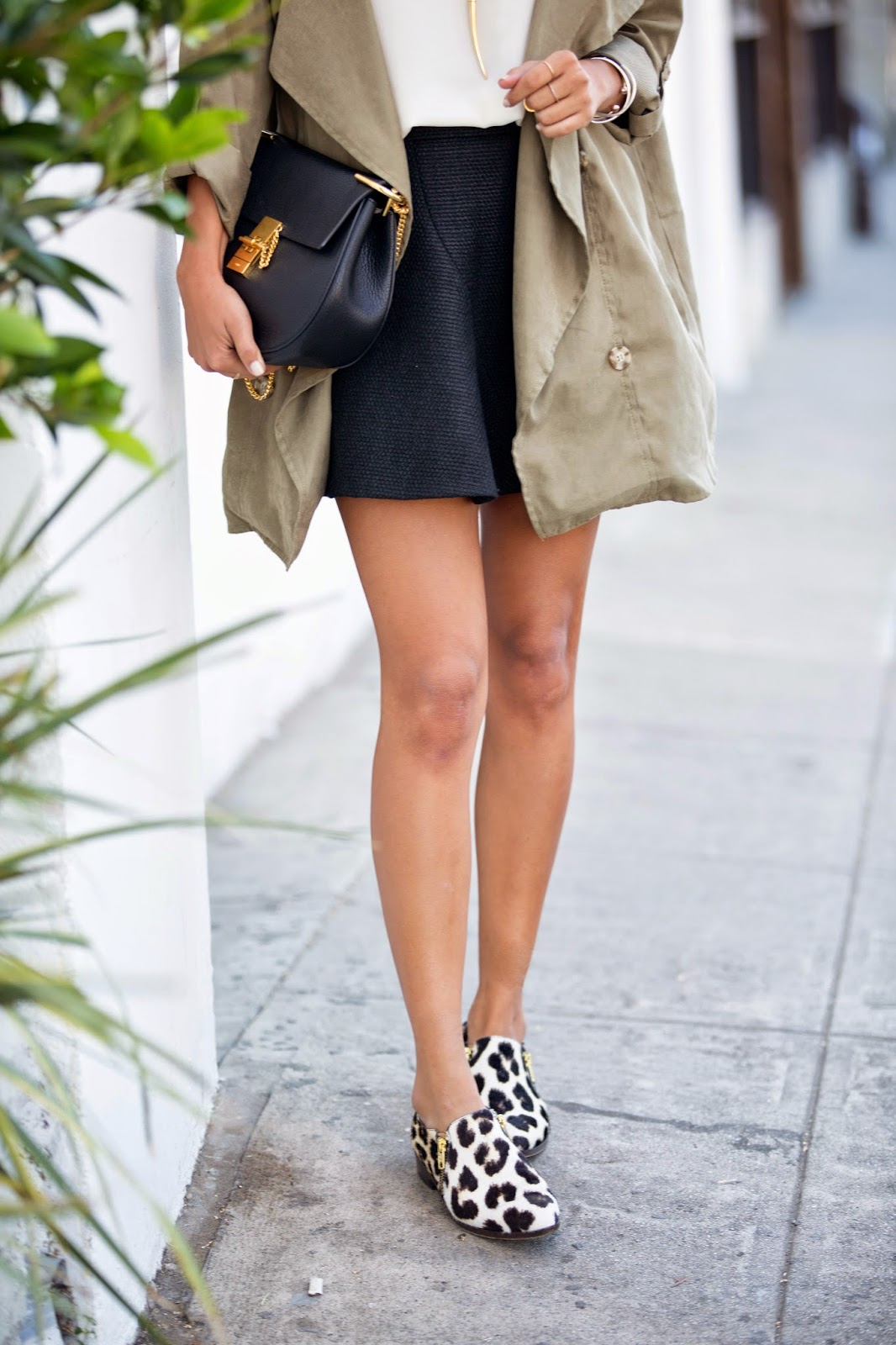 weekend outfit, chloe drew bag, jcrew flats, how to wear leopard shoes, spring outfit