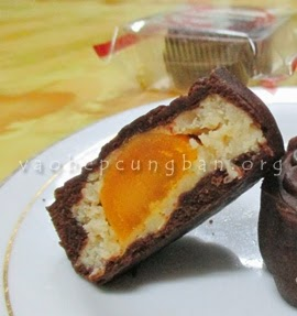 Cách làm bánh trung thu Sô cô la - Bánh Nướng tại nhà 4