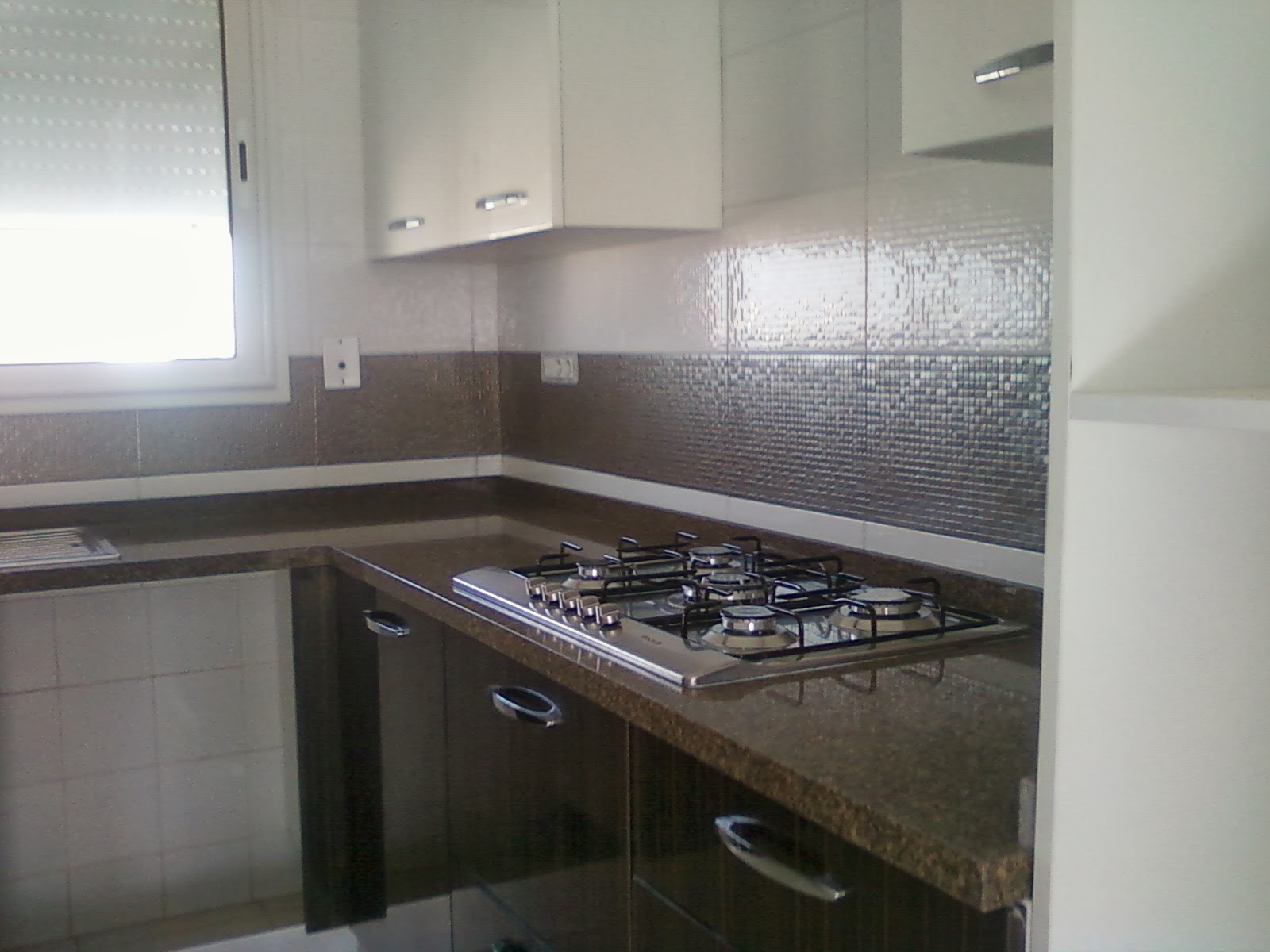 Appartement s 2 vendre ain zaghouan nord tunis for Tunisie cuisine equipee