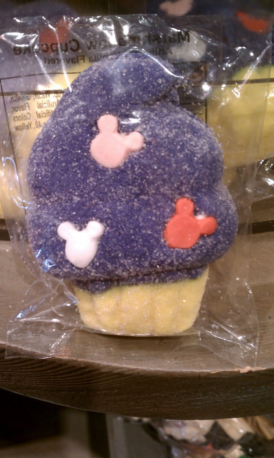 Cupcakes N Cookies Oh My Disneyland Desserts