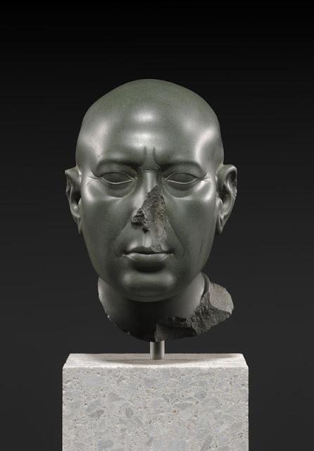 Tête verte de Berlin, © SMB Ägyptisches Museum und Papyrussammlung, Foto Sandra Steiß