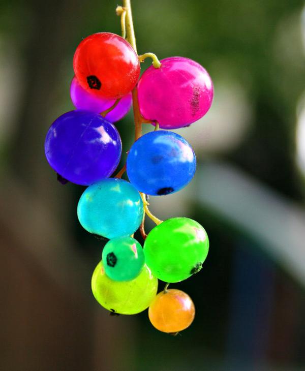Where Rainbows End: Rainbow Fruits