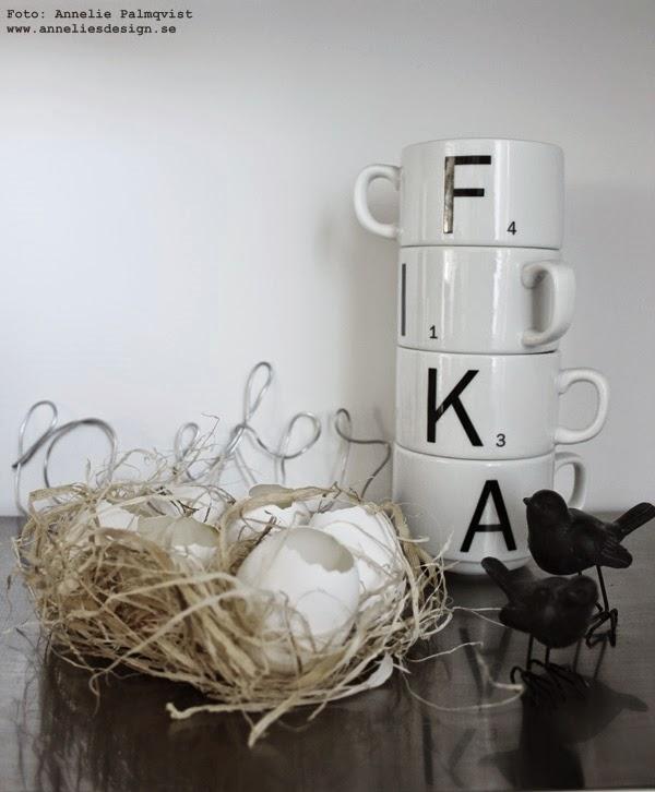 påsk. påskpynt, påskpyssel, ägg, ägget, kycklingar, kaffekopp, svart och vitt, svartvit, svartvita, inredningsblogg, påsken 2015,