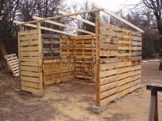 Como hacer una caba a o almac n con for Como hacer tejados de madera