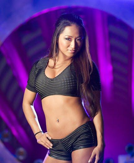 Gail Kim 2009 WWE Diva and Fo...