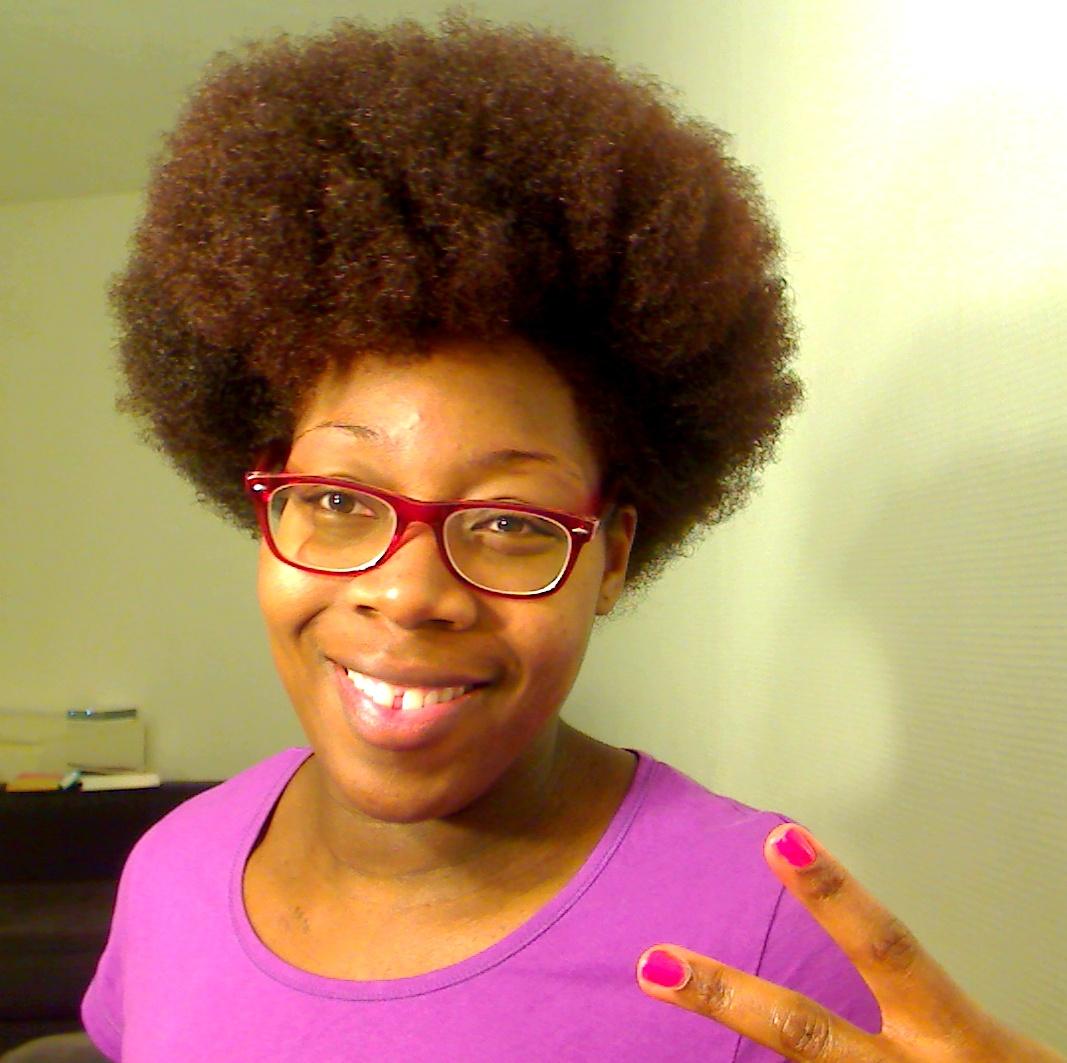 Teinture marron sur cheveux afro