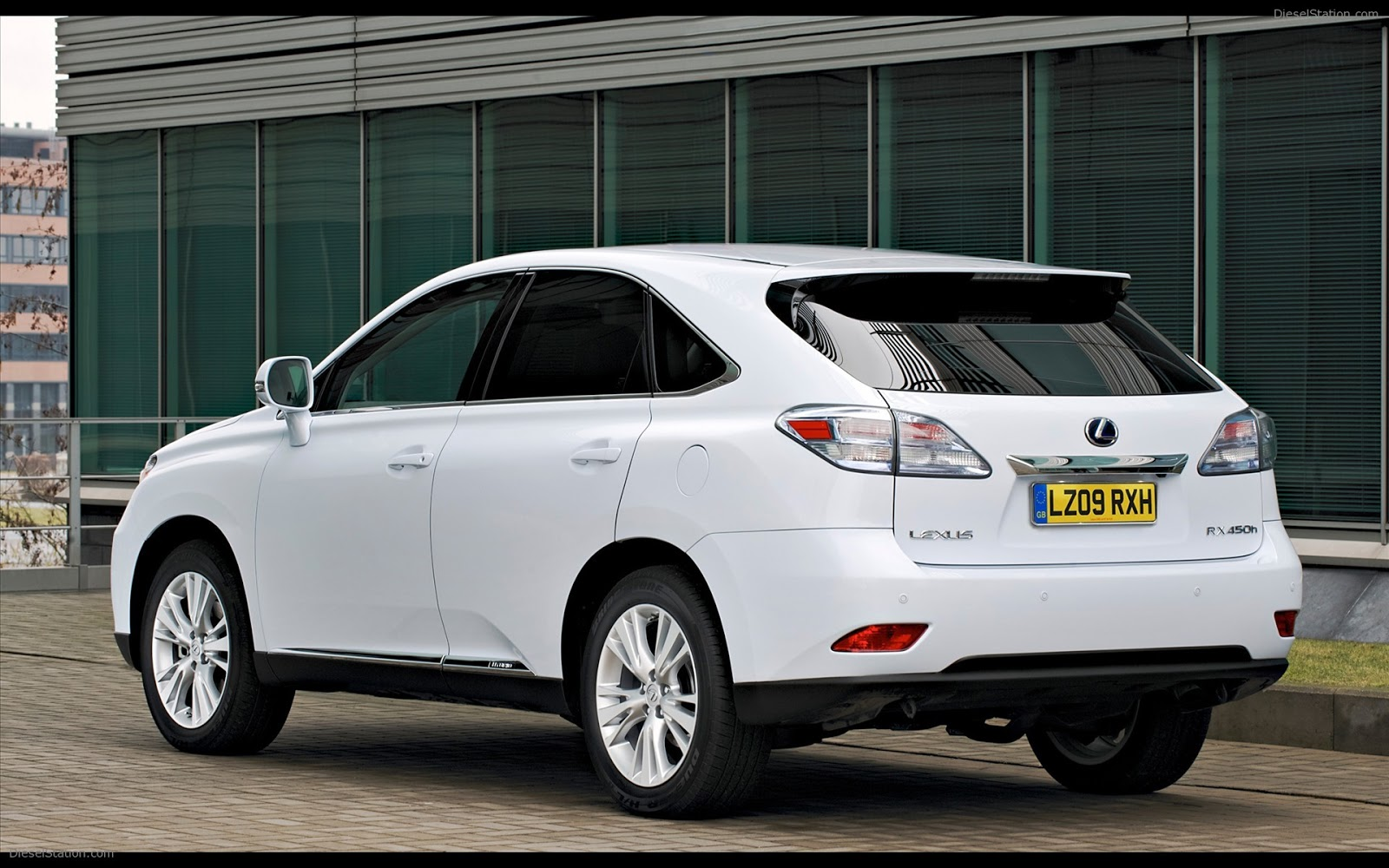 ace cool cars for rent act now white black lexus rx450h hybrid for rent. Black Bedroom Furniture Sets. Home Design Ideas