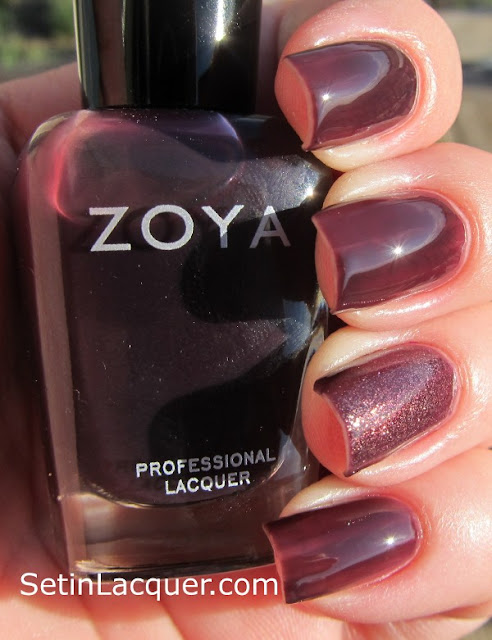 "Zoya Katherine with a ""jelly sandwich"" of Daul accent nail - Sunlight"