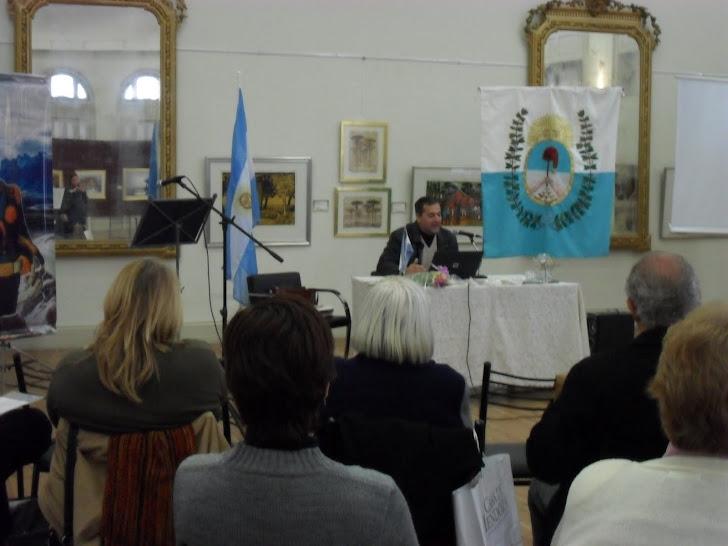 Garin durante la conferencia