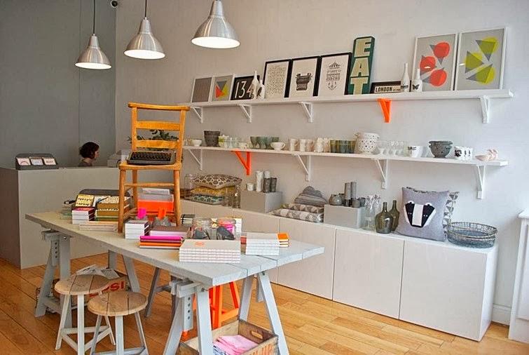 El blog de los muebles de hosteler a una tienda con for Muebles candela valencia